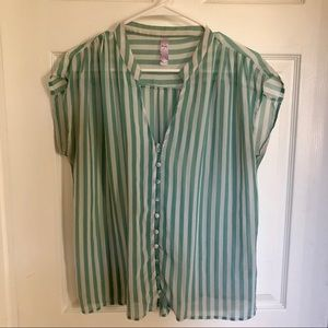 Francesca's Boutique Green Striped Blouse